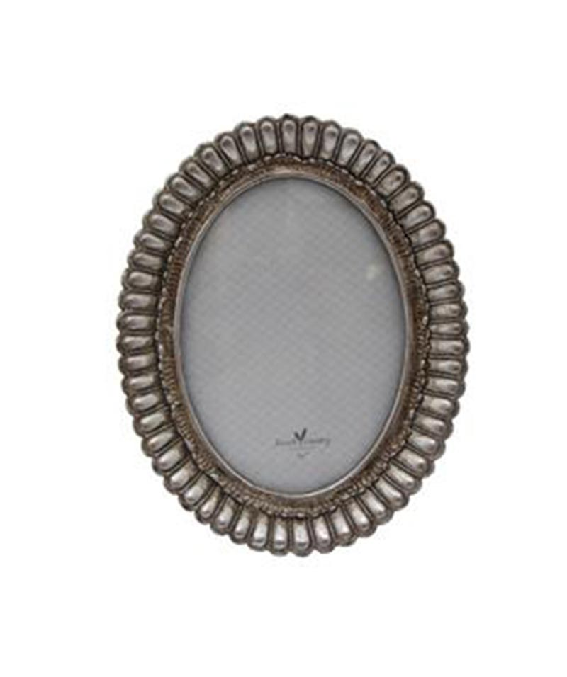 Fanned Oval Frame Pewter Finish 5×7″