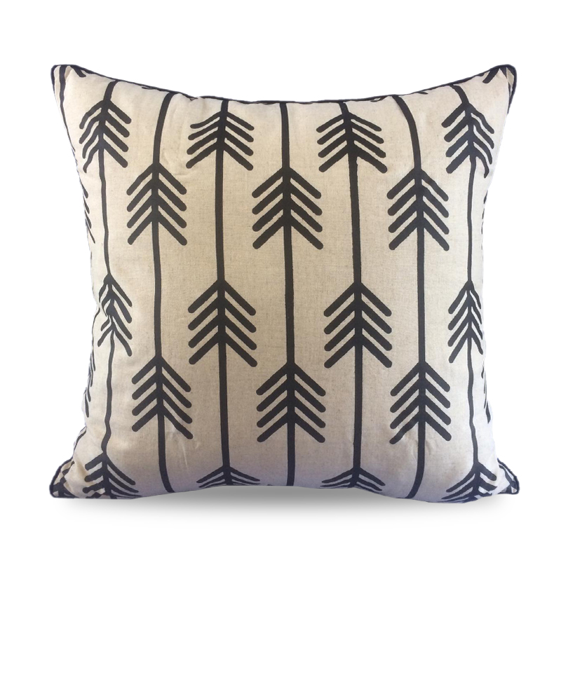 Cover Pillow Tribe Arrow Black
